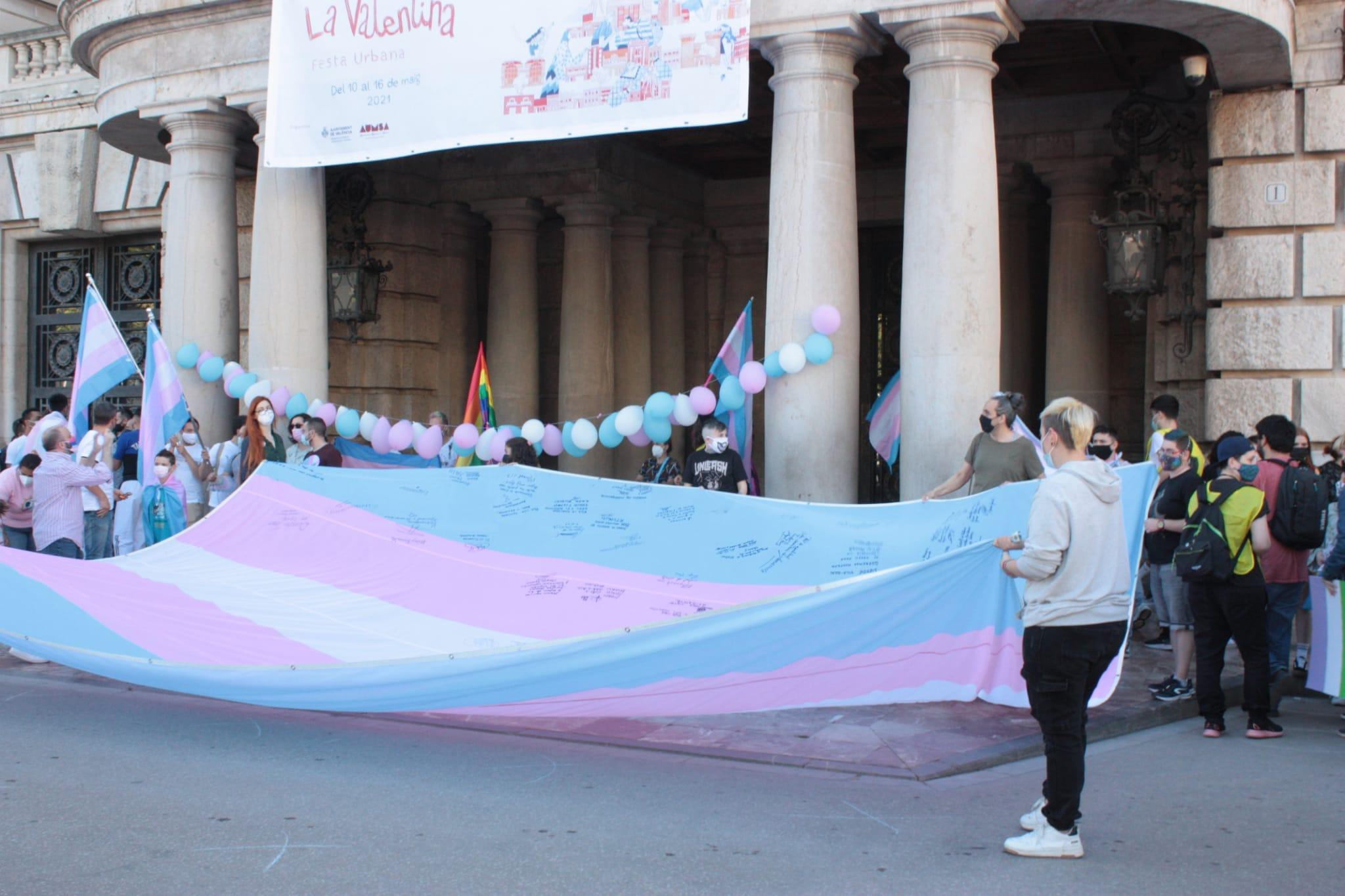 exigimos la igualdad trans en valencia